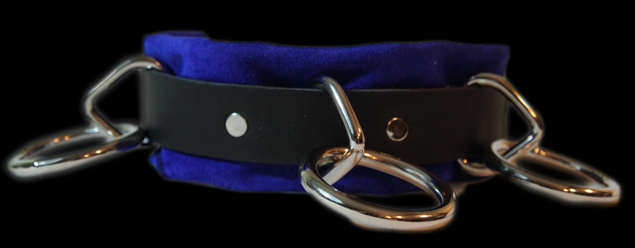 leather choker with bondage rings